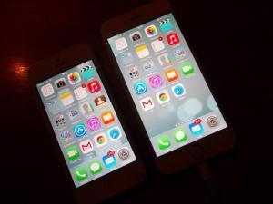 Nový iPhone 6 je konečně doma